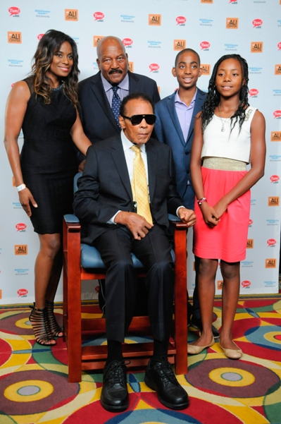 Jim Brown Family >> Muhammad Ali Humanitarian Awards On The Black Information